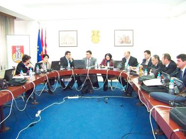 Протоколот ги подели советниците и администрацијата