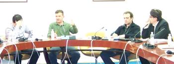 Новинарите во Македонија се мета на секојдневни уцени