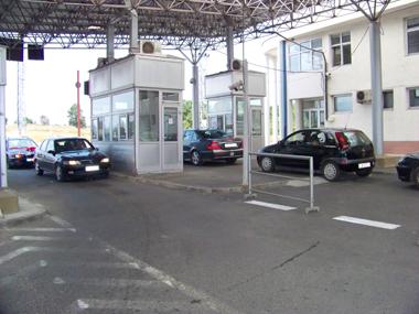 Од денеска во Бугарија ќе може да се патува со негативен ПЦР-тест