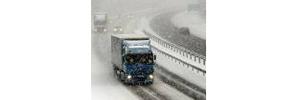 Снегот го отежна сообраќајот - патиштата проодни