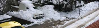 Снегот го отежна сообраќајот