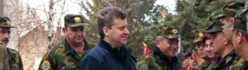 """Претседателот Иванов во посета на касарната """"Боро Менков"""""""