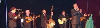 Кумановски тамбураши и Нино ја вратија изворната музика