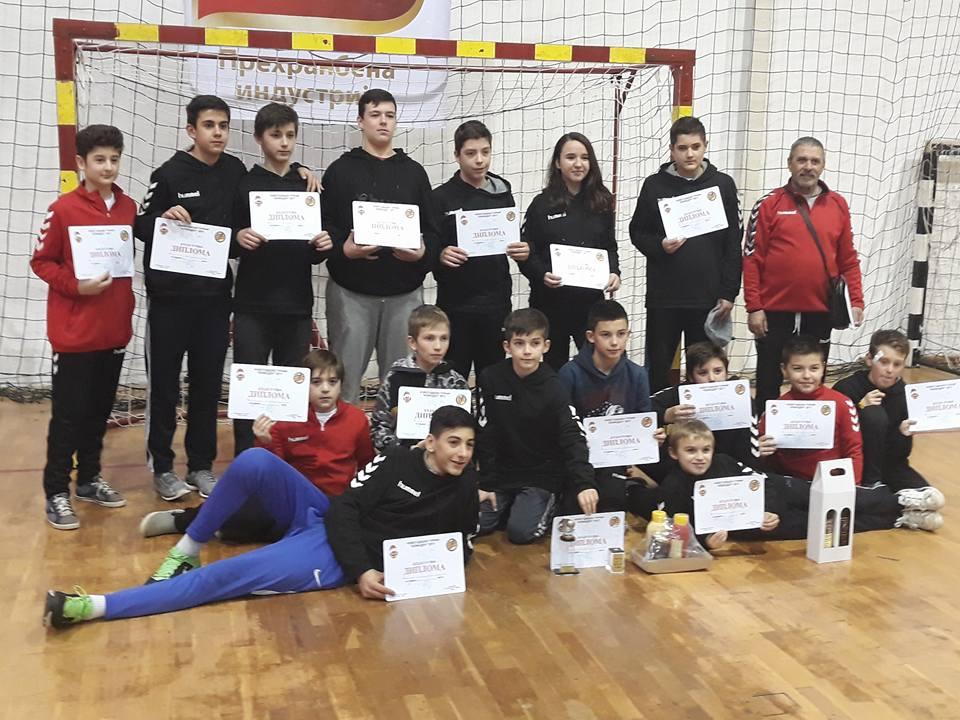 "РК Карпош Вардар го освои турнирот ""Еден живот една љубов"""
