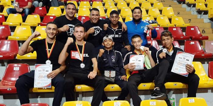 Четири медали за кумановските боксери