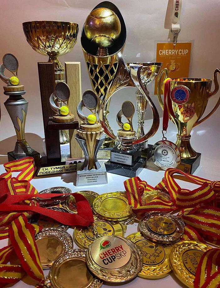 Алексеј Стојановски освои две злата и сребро на Отворените првенства во тенис