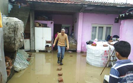 Поплавените семејства уште чекаат обештетување