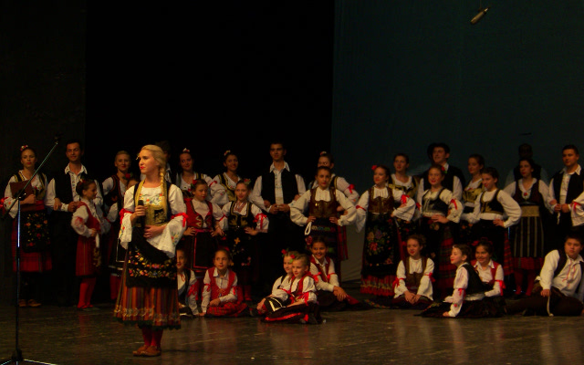 """""""Српски вез"""" со концерт го прослави првиот роденден"""