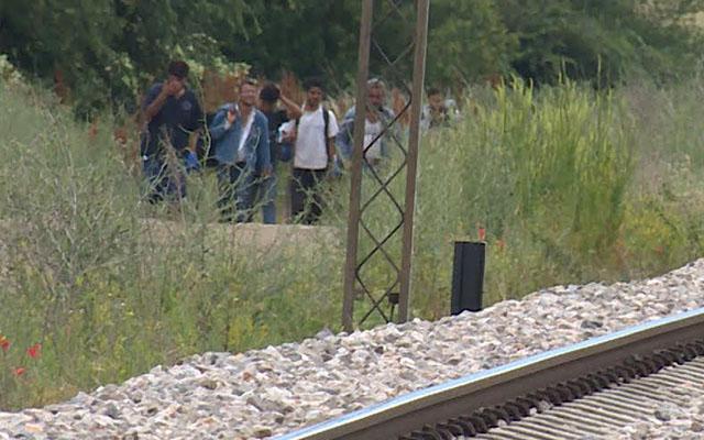 Претреси во Лојане и Ваксинце, приведени три лица