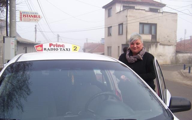 И жените можат да бидат успешни такси возачи