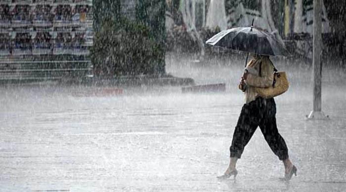 Пороен дожд до крајот на денот, најавуваат синоптичарите