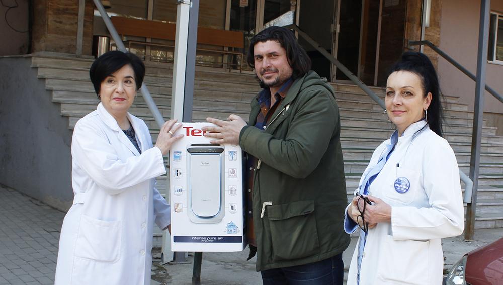 """""""Сквер Гарден"""" донираше шест прочистувачи за воздух во Кумановската болница"""