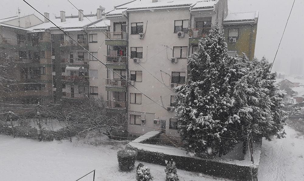 Во Куманово 8 сантиметри снег, -5 минимална температура