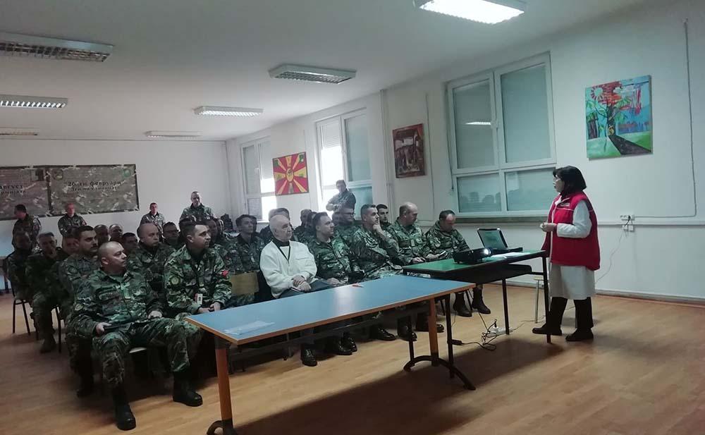 Едукативно предавање за превенција од корона вирусот на припадниците на АРМ