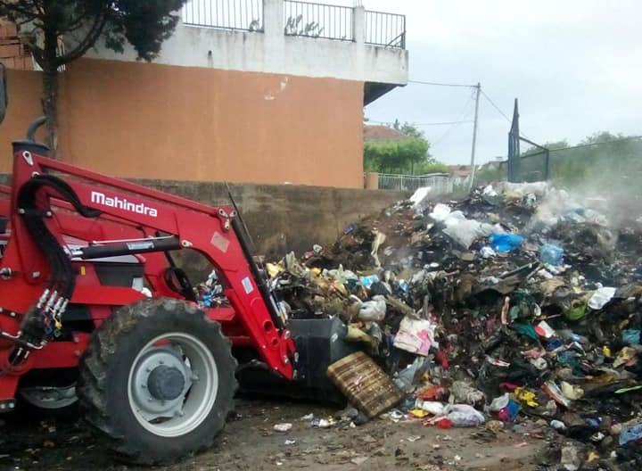 """За еден месец три пати се чистeше депонијата во """"Перо Чичо"""", жителите се правдаат немале доволно контејнери"""