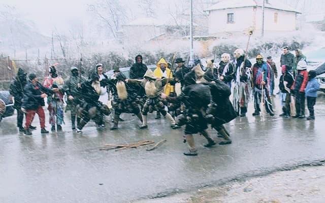 Сировари, џамалари и празнувањето на Василица во кумановско