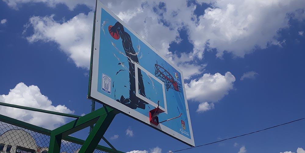 Оштетени новите обрачи и мрежи на кошаркарските игралишта