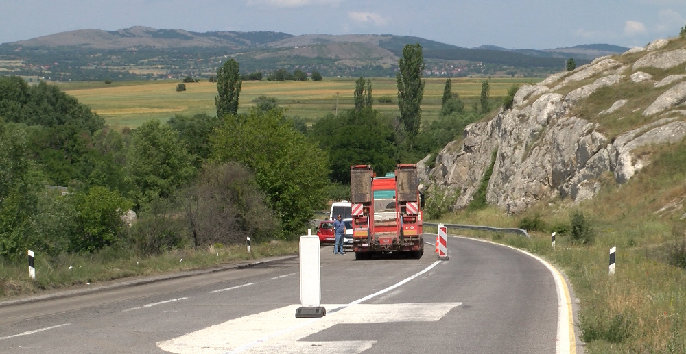 Почна реконструкцијата на 16,6 километри од патот Куманово-Ранковце, вредна 7,2 милиони евра