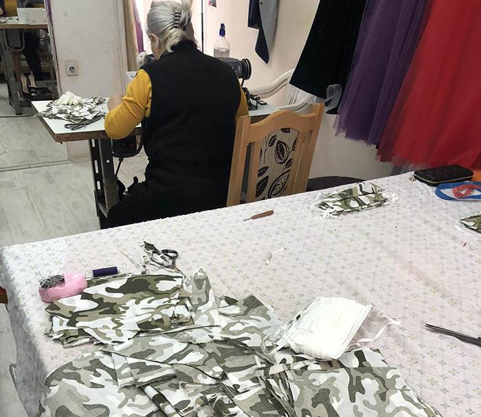 Занаетчиската комора и кумановската фирма ТИ-ДИ ФЕШН донираа 500 заштитни маски