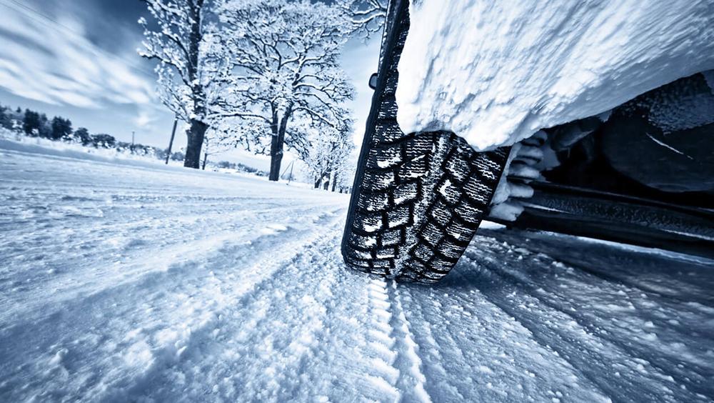Задолжително носење на зимска опрема во возилата