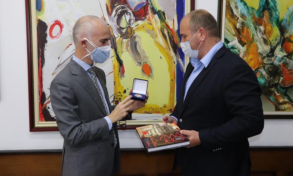 Италијанскиот амбасадор во посета на Општина Куманово