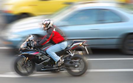 Кумановец со мотор повреден во сообраќајка на патот Тетово-Скопје