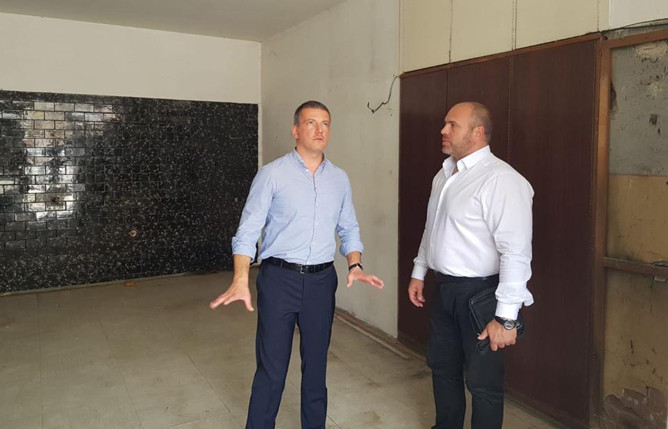 """Куманово ќе добие канцеларија за јавни услуги """"Една точка за услуги"""""""
