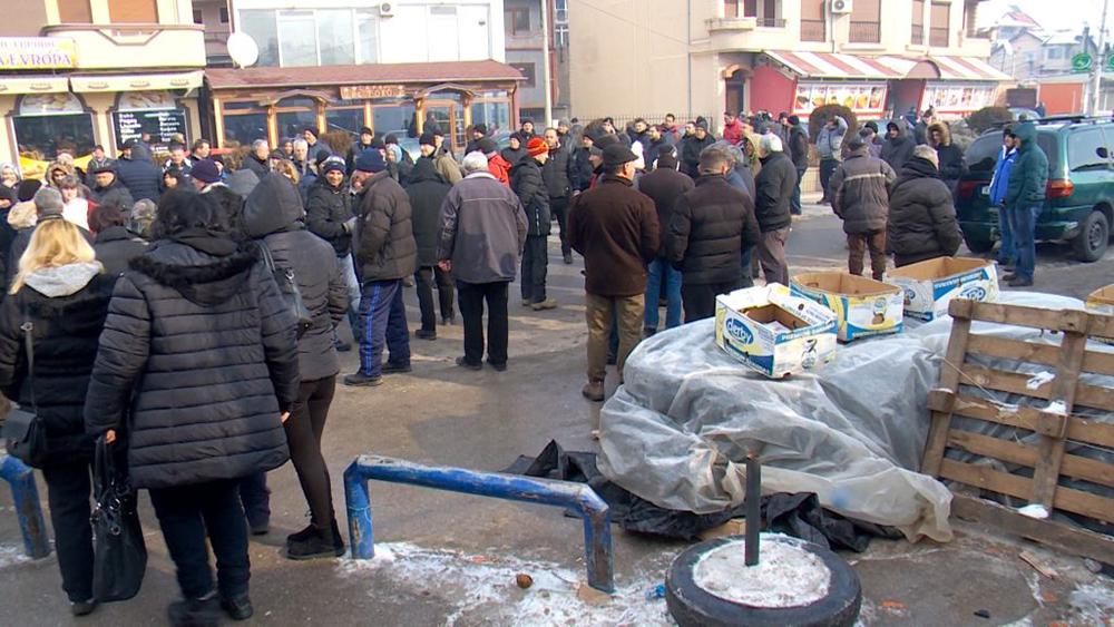 Кумановските пазарџии протестираа против Законот за зелени пазари