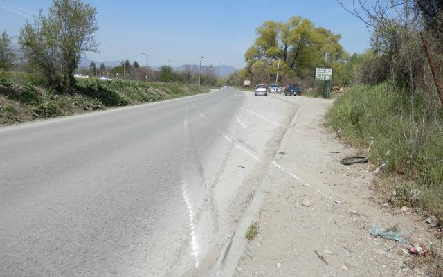 Автомобил удри во пешак, повредениот пренесен во Скопје