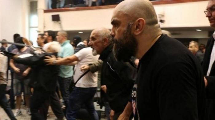 Груевски ја наполни партијата со дојденци, а нас вистинските вмровци не викаа прости, сведочеше Игор Југ