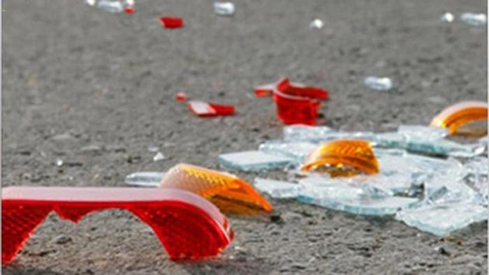 Двајца возачи повредени на стариот пат за Скопје