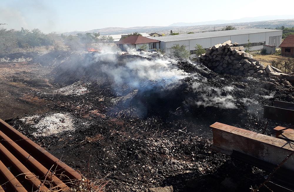 Пожарот изгаснат, железничкиот сообраќај нормализиран, информираат надлежните