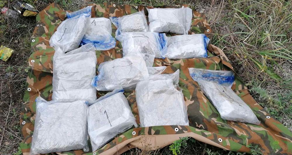 Запленети 36 килограми марихуана, приведени две лица од Куманово