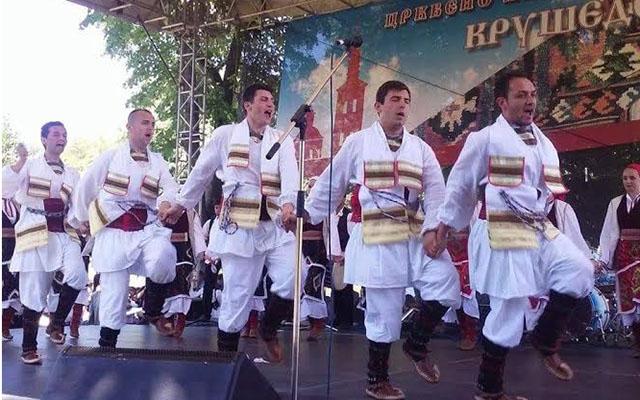 """""""Српски вез"""" настапи на """"Крушедолски ѕвона"""" во Нови сад"""