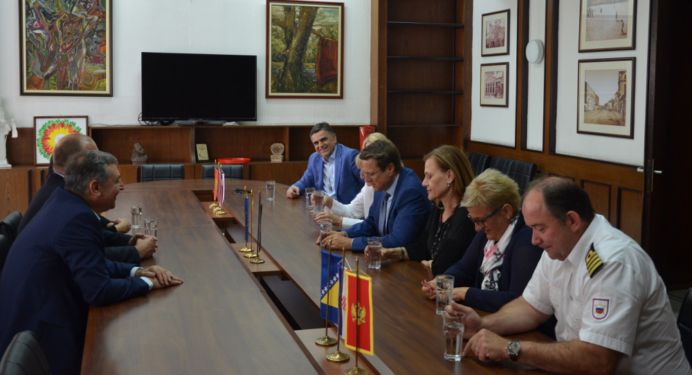 Петмина амбасадори во пријателска посета на Општина Куманово