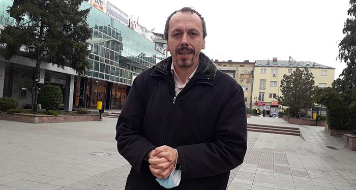 Во новиот државен буџет ќе нема пари за гасификација на Кумановската болница и за амбулантни возила, кажа пратеникот Петрушевски