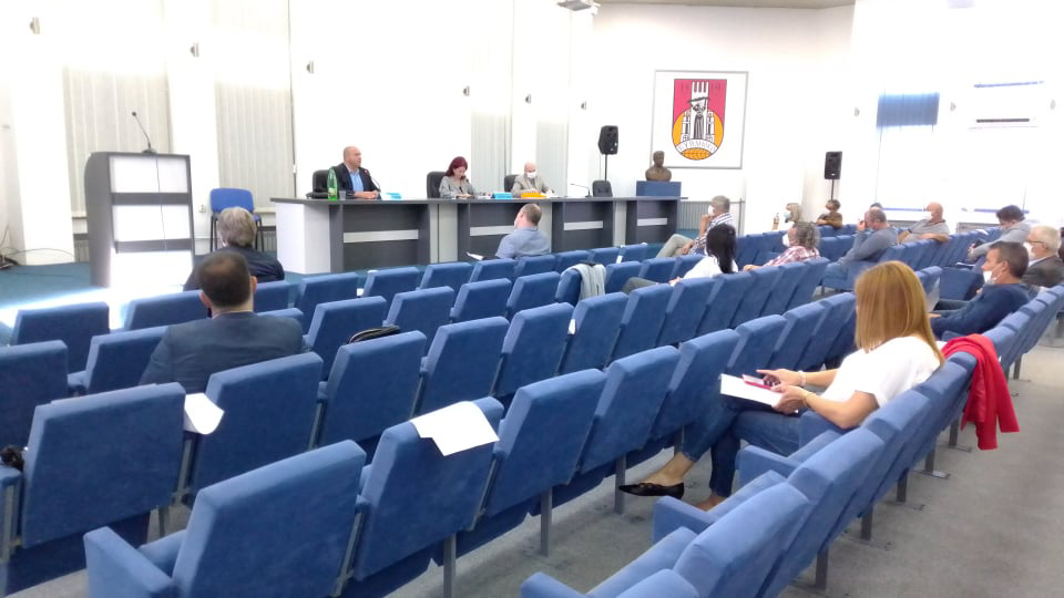 Седница на Советот на Општина Куманово, на дневен ред 40 точки