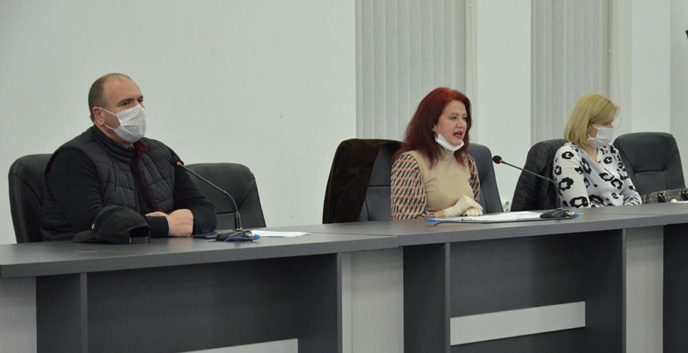 Советот ќе расправа за ослободување на угостителите од комунална такса за терасите додека трае коронакризата