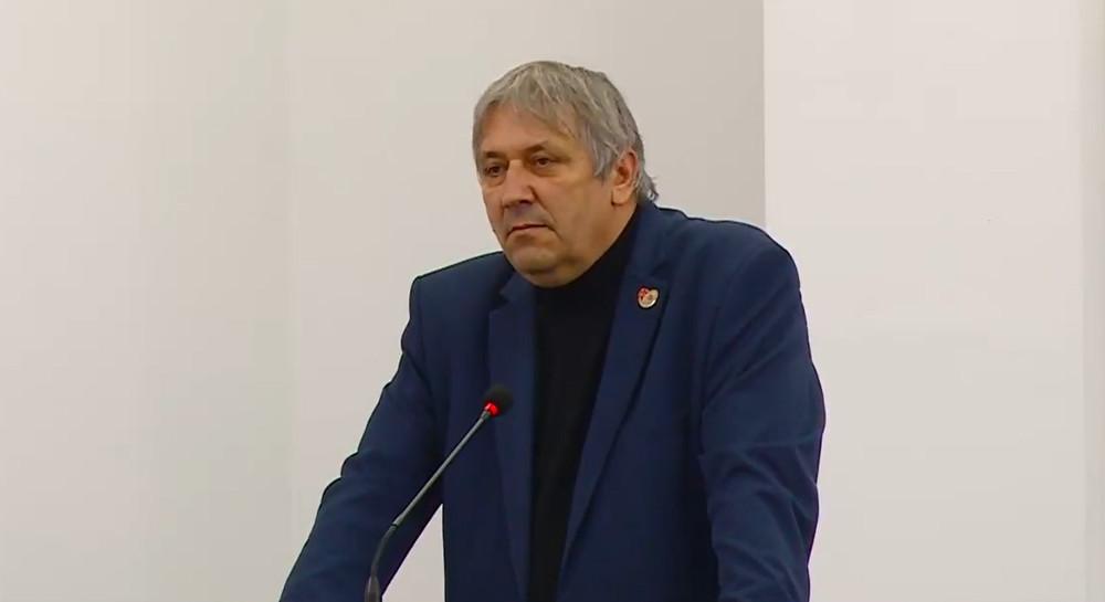 Вината за немање кворум во Советот власта да си ја бара во своите редови, не кај опозицијата, порача координаторот Петковски