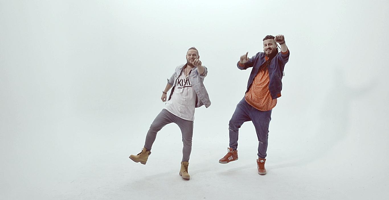 Премиерно: Новата песна и видео запис на Тајзи и Спејко (фото и видео)