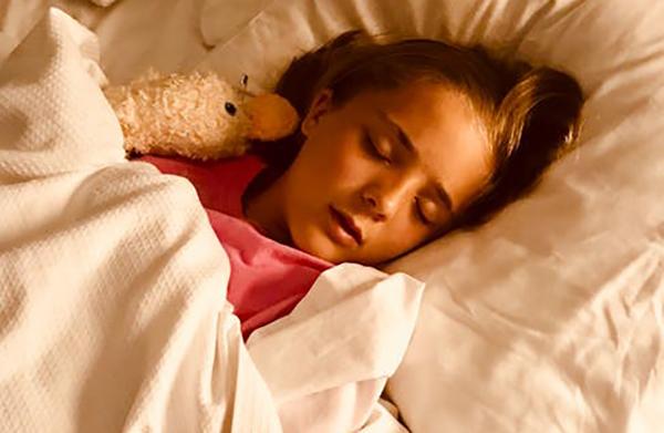 Четири начини како да е справите со ноќно мокрење во кревет на вашето дете