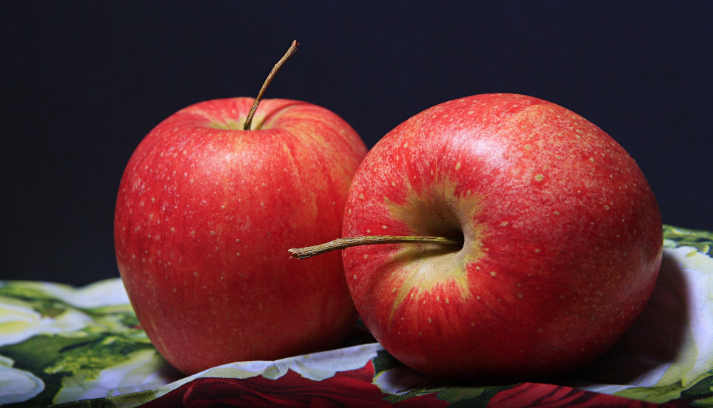 Јаболкото лекува 100 болести