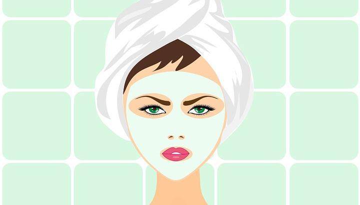 Природна маска за чистење на кожата од акни