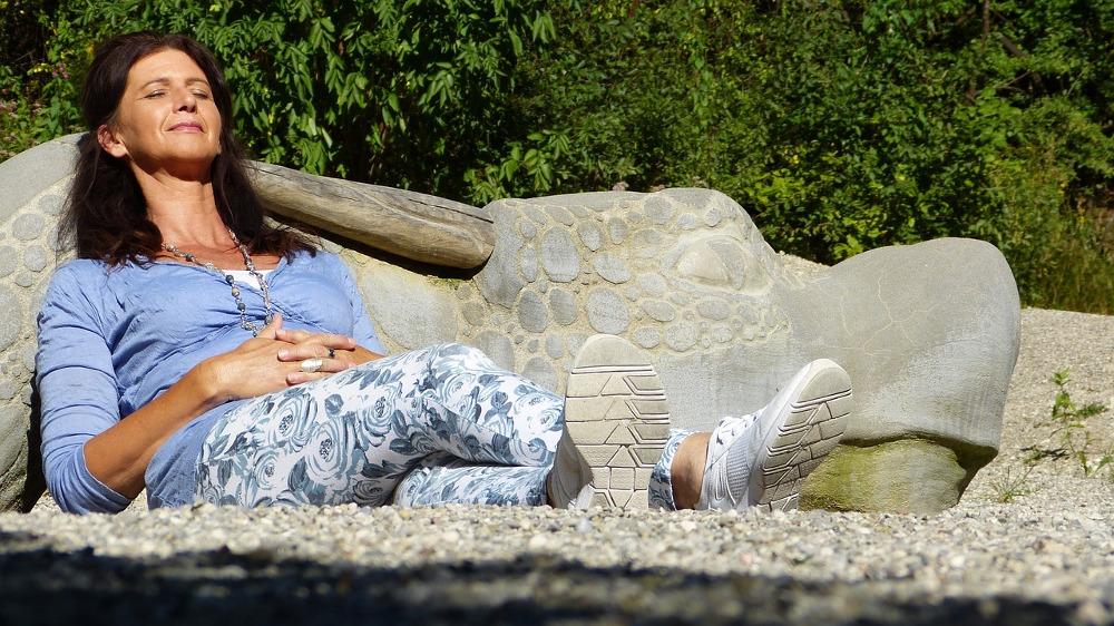 Како да се справите со менопаузата?