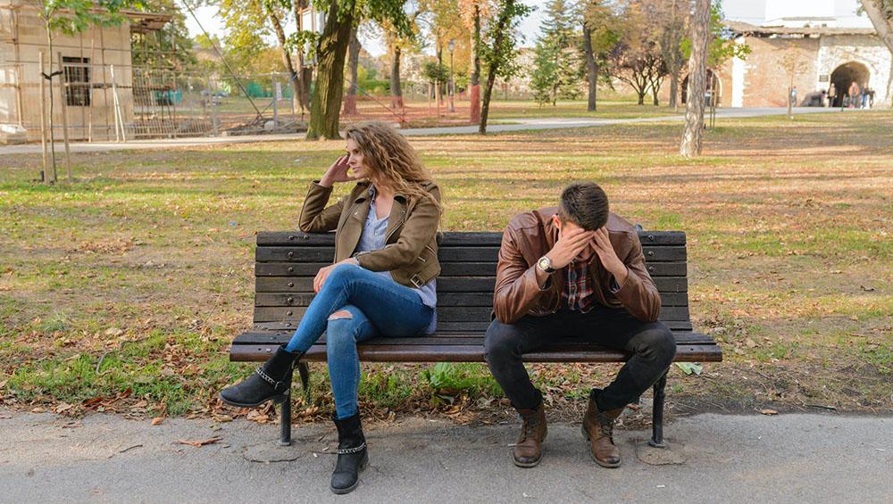 Немате среќа во љубовта: Причини поради кои мажите бегаат од вас на првите состаноци