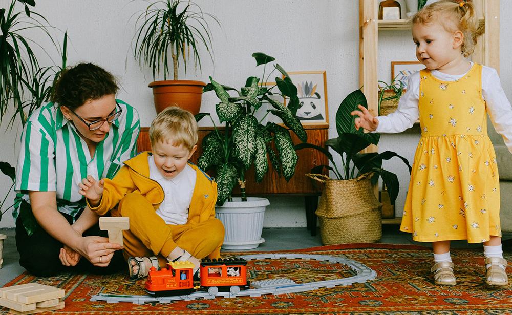 Родители, во играта бидете дете со вашето дете
